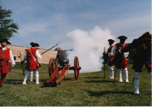Cannon CE